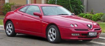 1998-2003_Alfa_Romeo_GTV_Twin_Spark_coupe_01.jpg