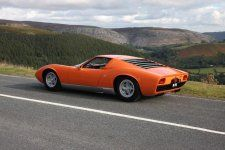 lamborghini-miura-from-the-italian-job-is-up-for-grabs-video-photo-gallery_2.jpg