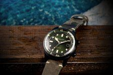 Spinnaker-Bradner-SP-5057-Dive-Watch-07.jpg